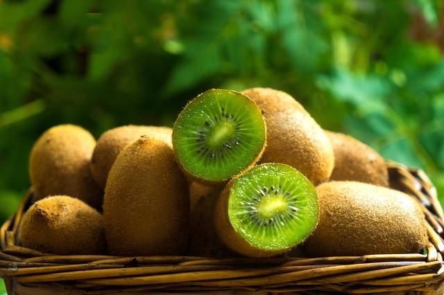 含钙和维生素d的食物和水果