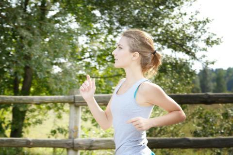 女性吃鸡肉可以减肥吗?单一吃鸡肉对身体好吗?科学减肥更健康