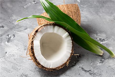 吃椰子可以降火吗??椰子的好处和食用禁忌