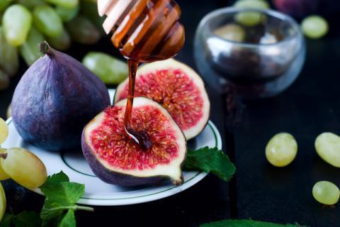 老年人可以吃无花果吗?老年人吃无花果的副作用,好吃不宜贪多