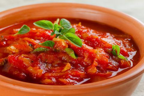 日渐转炎热的春天,简单搭配就适合春天喝的汤!