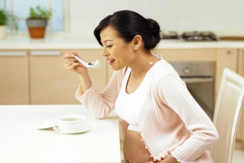 怀孕不能吃的野菜有哪些?怀孕还有这些事情需要注意