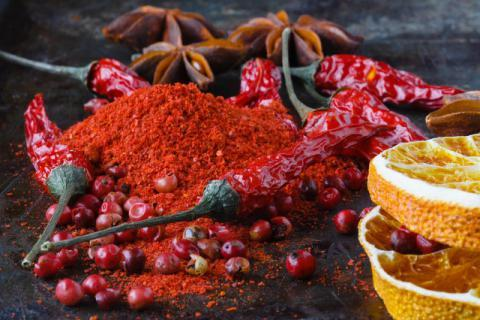 女人�湓�r可以吃辣椒�幔颗�性吃辣椒的�奶�,女性�湓�的�食禁忌