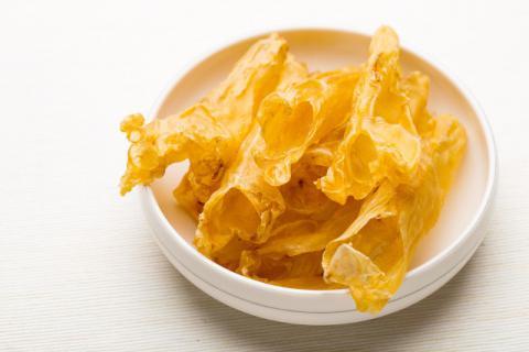 花胶搭配阿胶吃有哪些好处?花胶的正确用量和食用时间