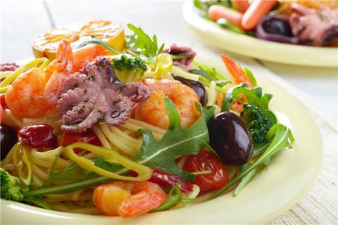 章鱼可以和柿子同食吗