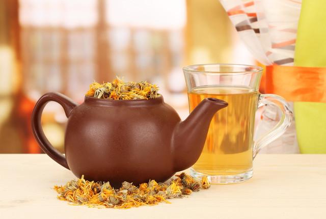 夏天适合什么花茶?喝花茶需分清体质