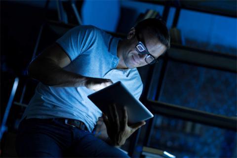 男性熬夜�ι�育有哪些影�?熬夜的危害有很多