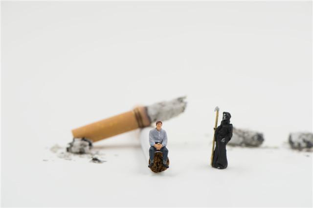 青少年吸烟的危害