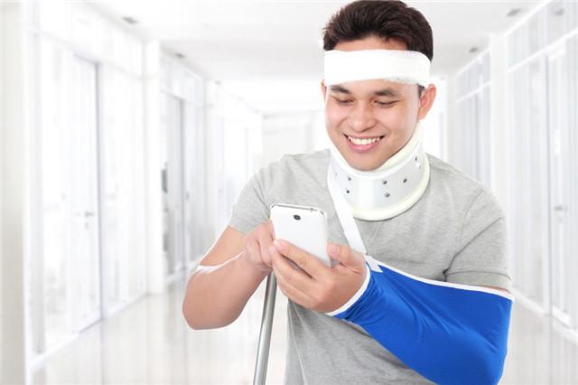骨折病人吃什么好?如何预防骨折?