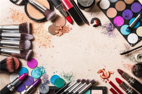 化妆品要注意保质期,过期化妆品的危害