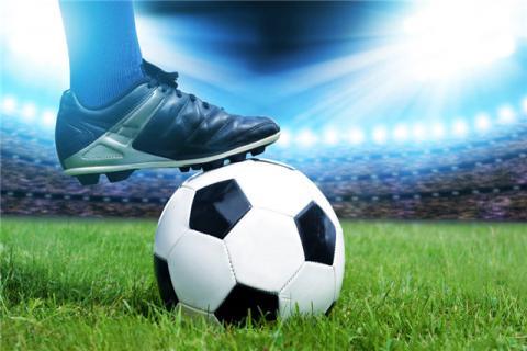 踢足球有什么保健作用?踢足球的注意事项