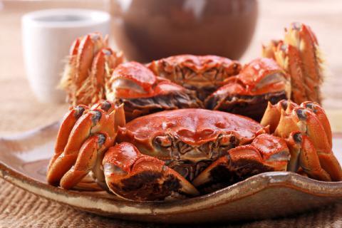 海蟹和河蟹的区别,吃螃蟹有什么注意事项?