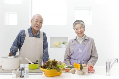 老年人饮食注意事项,老年人吃什么对身体好