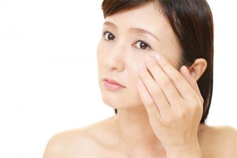 吃什么可以改善皮肤暗黄粗糙,皮肤暗黄粗糙的原因