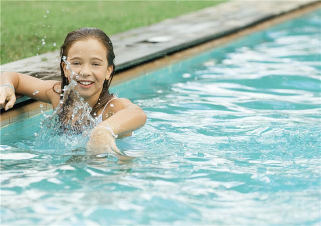 游泳呛水怎么紧急处理?如何预防游泳呛水?
