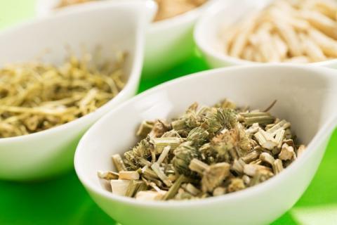 益母草治闭经吗?哪些食疗方法可以治疗闭经?