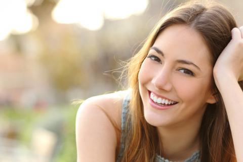 眉毛稀少怎么变浓?眉毛的护理方法