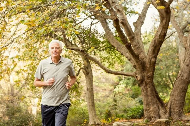 中老年人做什么运动可以长寿