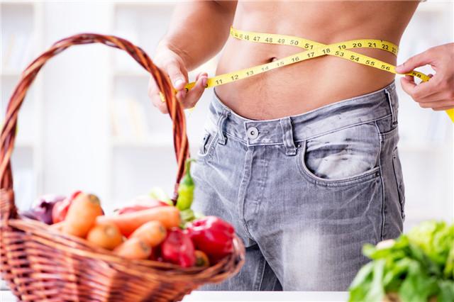 饿了几个月还是一身肉,基础代谢太低,再节食也没用