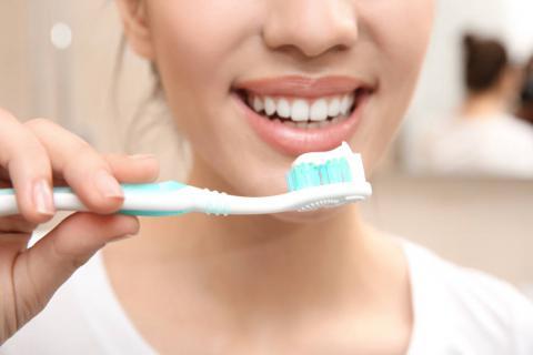 牙膏真的能美白牙齿吗?为什么美白效果不明显?