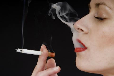 吸烟不过肺就没危害了吗