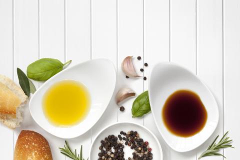 陈醋和香醋有什么区别?哪一种好吃?