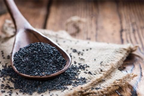 日常生活中怎么选购黑芝麻?黑芝麻的食用方法