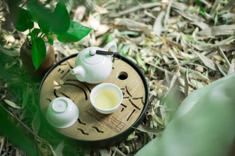 茯苓不仅能煮粥还能泡茶,茯苓茶的泡法