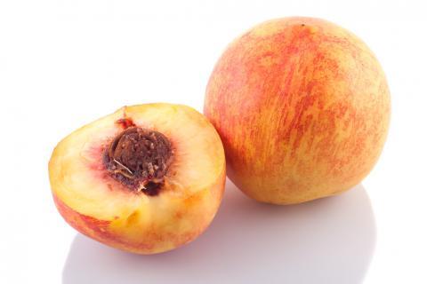 什么人不宜吃水蜜桃?水蜜桃为什么不能和西瓜一起吃?