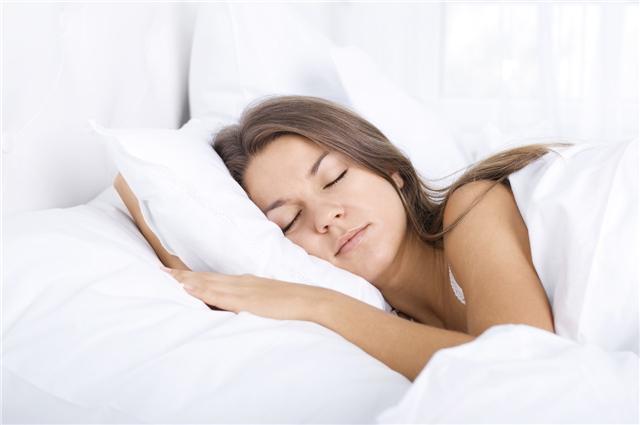 女人长期坚持裸睡有什么好处