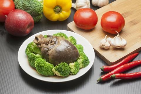 经常吃猪心好不好?猪心多久吃一次比较好?