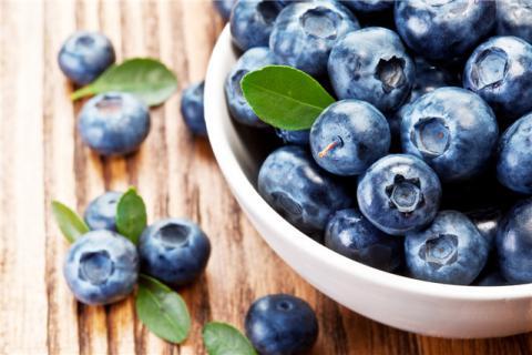 蓝莓除了直接吃还可以怎么吃?蓝莓有哪些营养功效?