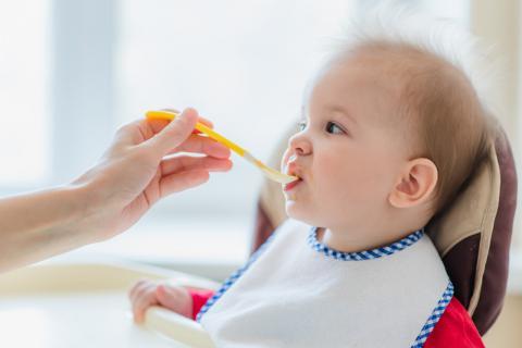 宝宝四个月能吃米粉吗?宝宝添加什么辅食比较好?