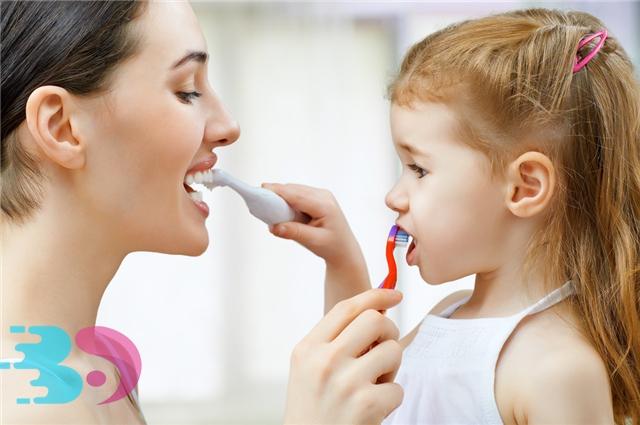 能不能用热水刷牙?刷牙都有哪些误区要注意?