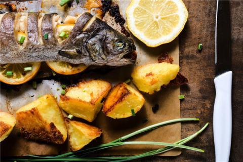 吃鱼能补充铁元素吗