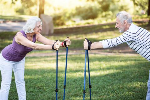 老人能不能拍打腿?老年人拍打腿有什么技巧?