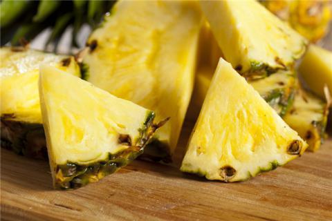 菠萝怎么熟得快