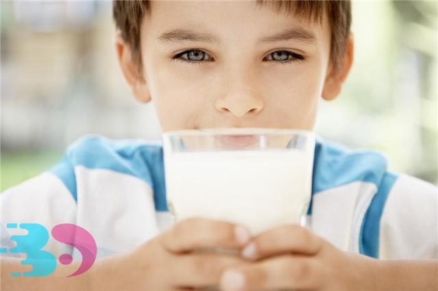 过期10天的牛奶煮一下能喝吗
