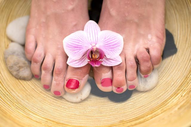 夏天泡脚好不好?夏天泡脚需要注意什么?
