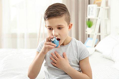 哮喘有没有口干的症状