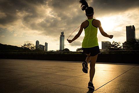 跳绳减肥的最佳方法
