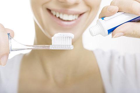 为什么刷牙会出血?