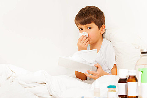 鼻塞如何快速通气?鼻塞是什么原因导致的?