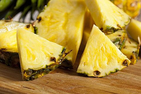 菠萝的正确吃法