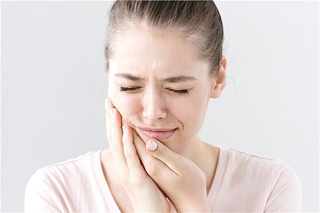 藿香正气水能不能治牙龈肿痛?藿香正气水的妙用
