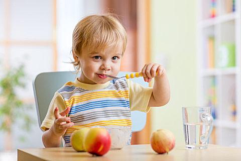 秋季幼儿适合吃什么养生食物