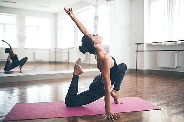 秋季练瑜伽的益处