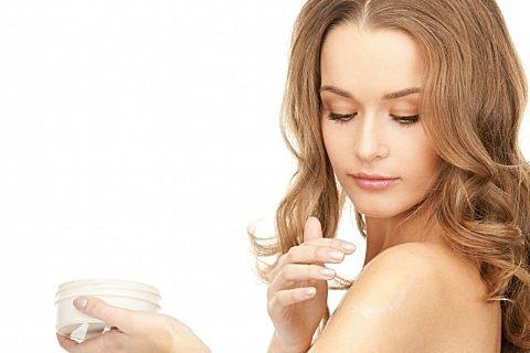 秋季女性护肤的方法