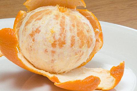 桔子皮泡水有什么功效?新鲜桔子皮的妙用