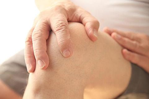 关节软骨修复怎么做?食用氨糖软骨素钙片很重要!